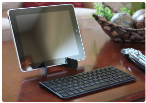 Use the Bluetooth keyboard and mini stand to set up a convenient work station anywhere.