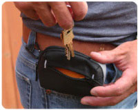 Store keys, cash, memory cards, or batteries in the outside pocket