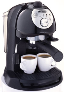 BAR32 Pump Espresso Maker from DeLonghi