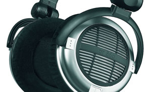 The beyerdynamic DT 860 Headphones