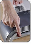 Fellowes Saturn 95 9.5-Inch Small Office Laminator - Release lever