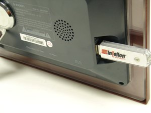 Connect USB flash drive