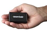 zoombak in hand