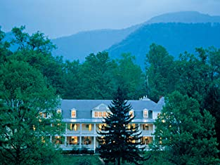 Up to a Three-Night Stay at Historic North Carolina Mountain Inn with Breakfast