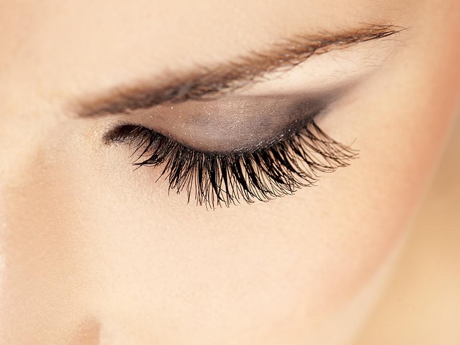 Full Set of Synthetic Eyelash Extensions