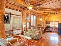 Luxury Treehaus Suite Stay at Schlitterbahn Resort