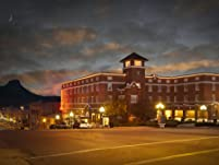 Charming, Historic Prescott Getaway for One or Two Nights with Daily Breakfast