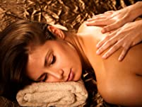 Aromatherapy Massage with Hot Towels