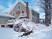 Vermont Ski Getaway with Daily Lift Tickets to Bromley Mountain and Continental Breakfast