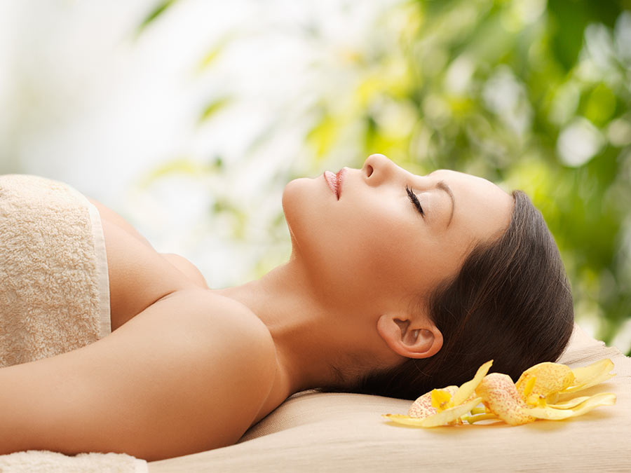 Massage or Organic Facial with Peel