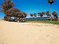 Ocean Beach Seaside Stay with Ocean Views and Pet-Friendly Room Options