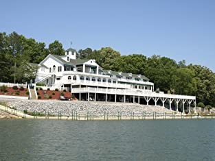 Romantic One-, Two-, or Three-Night Lake Resort Getaway Including Breakfast