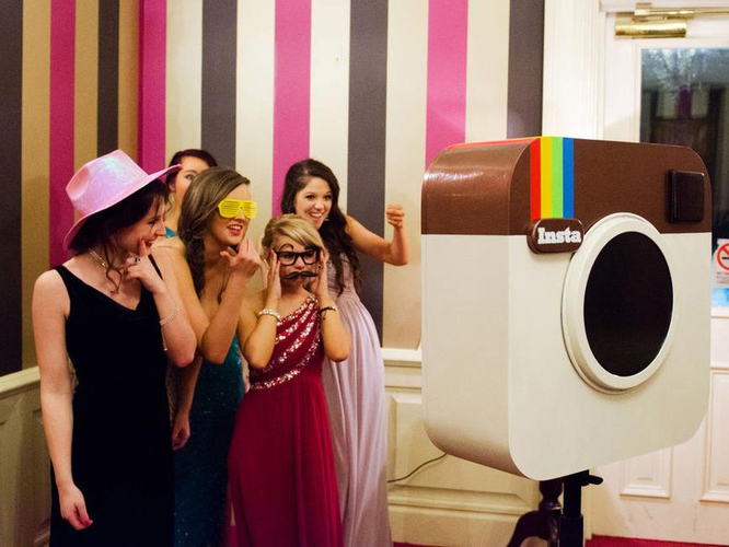 3-Hour Photo Booth Rental