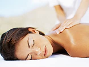 70-Minute Aromatherapy Massage with Hot Oils