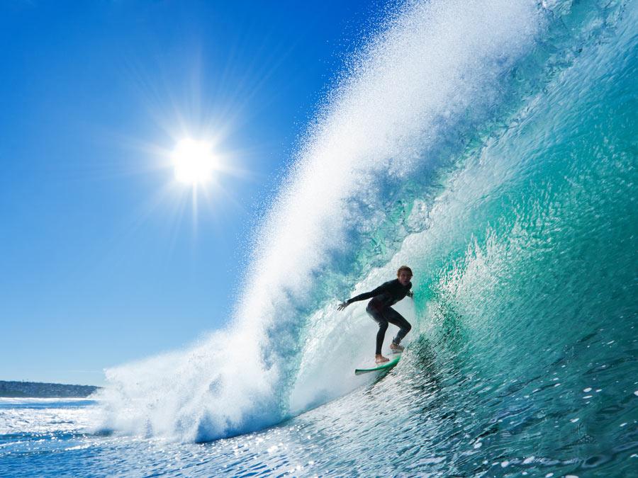 Surfboard Rental: 4 or 24 Hours