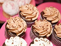 12 Cupcakes and $10 Gift Card from Wanna Cupcake?