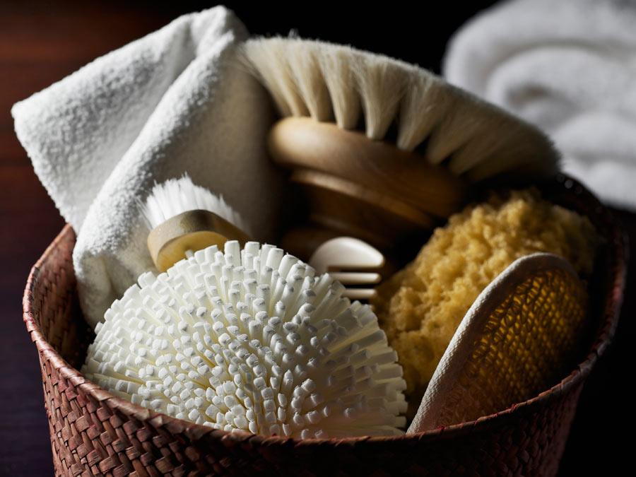 45-Minute Sea Salt or Sugar Body Scrub