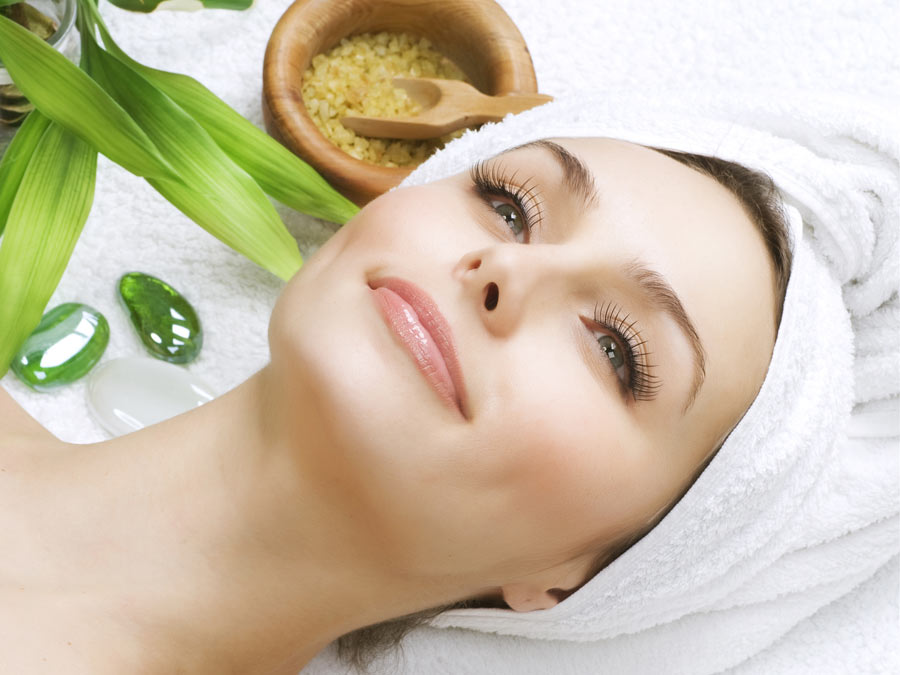 Organic Custom Facial with Upper-Body Massage