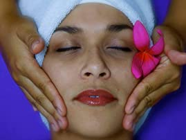 Massage and Foot Scrub at REJUV
