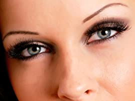 Permanent Makeup: Eyebrows or Eyeliner