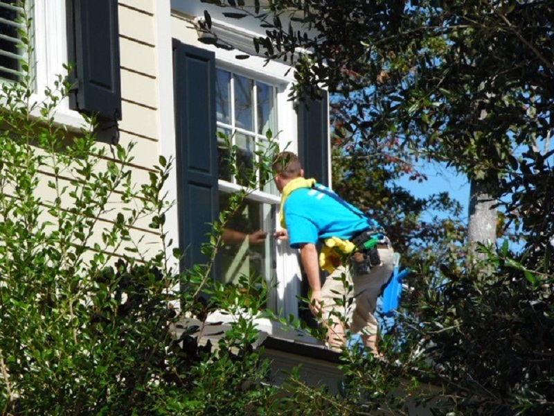Window Washing for 10 or 20 Windows