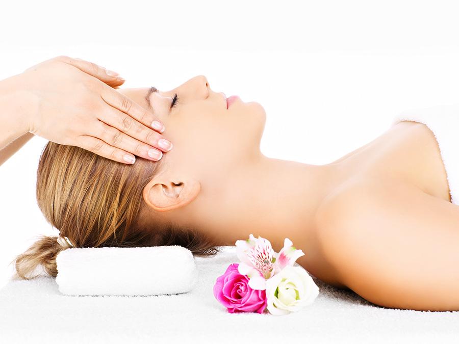 60-Minute Hot Stone Massage