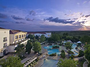 One- or Two-Night Resort Stay in the San Antonio Hill Country with $50 Resort Credit and Resort Fees Included