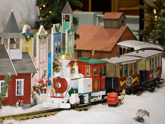 Admission for Four to Christmas at EnterTRAINment Junction