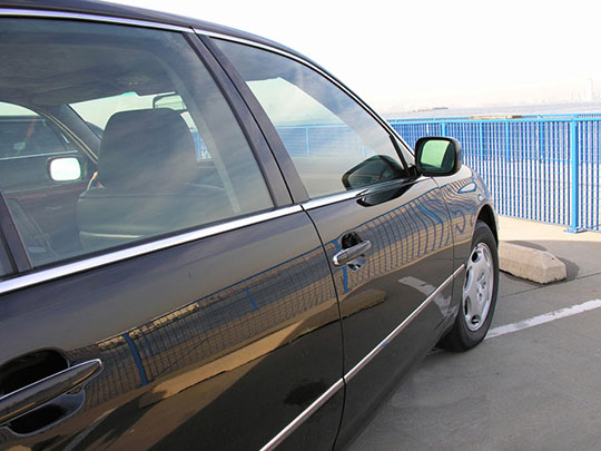 Round-Trip Sedan to and from LAX or Burbank Airport