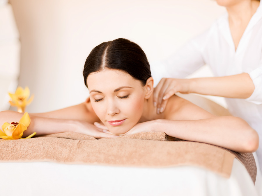Reiki Session or Massage with Aromatherapy