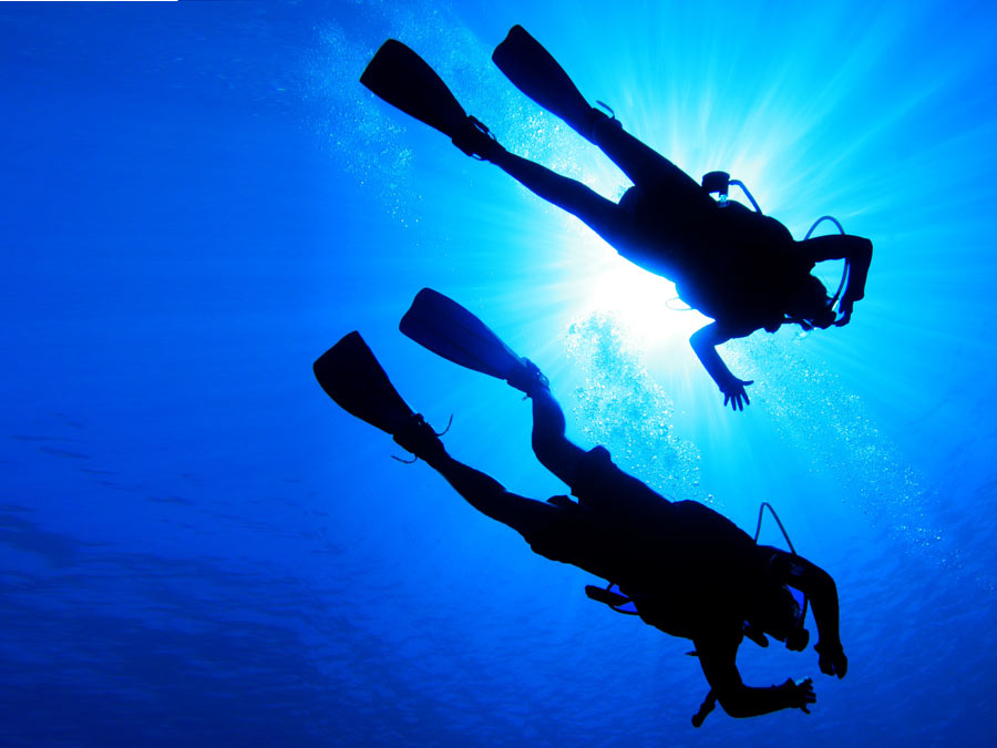 Discover Scuba or Scuba Certification Course
