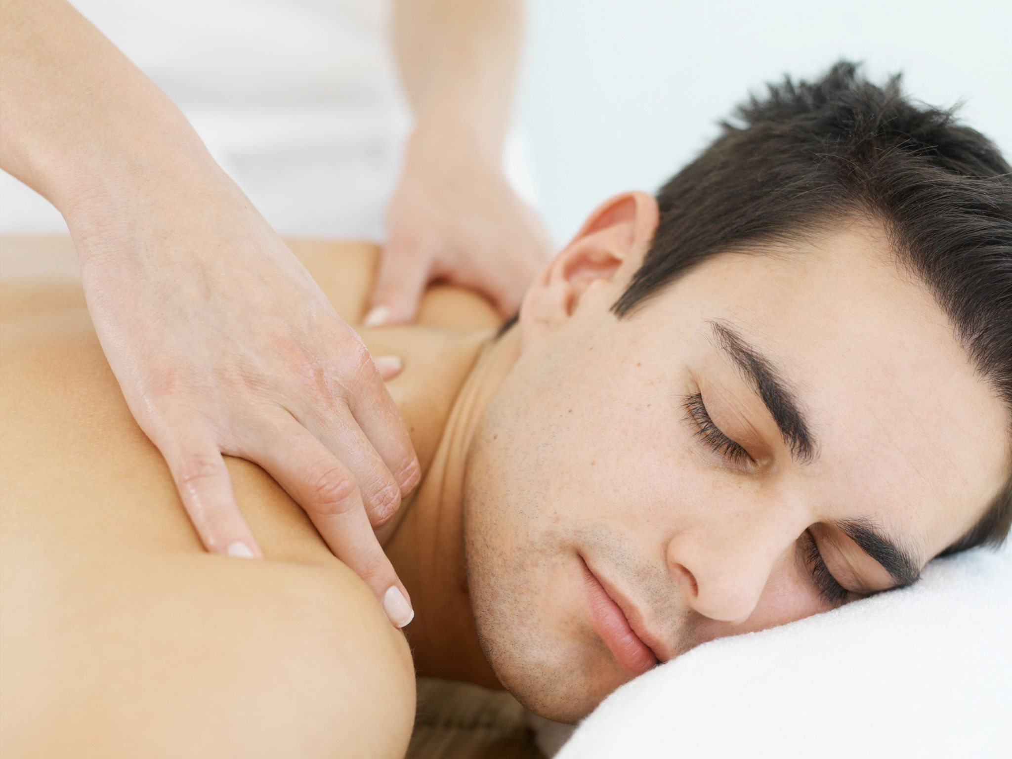 Смотреть хороший массаж для мужчины 3 фотография