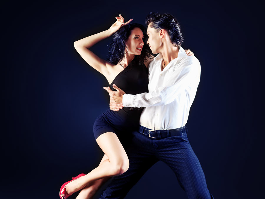 Five Salsa Classes or Couple's Package