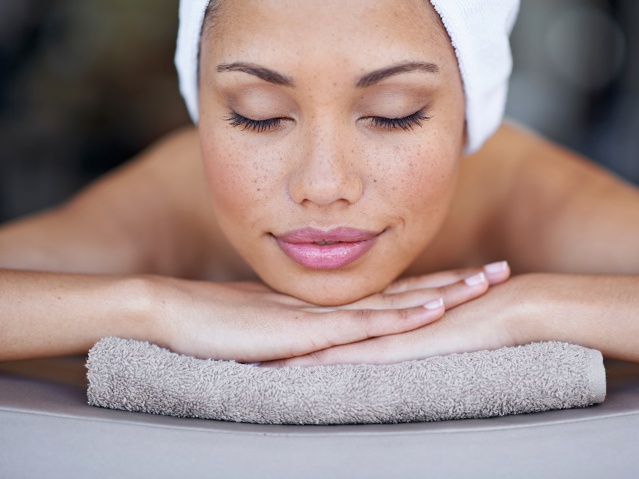 Confidence Beauty Salon & Spa: Massage or Facial