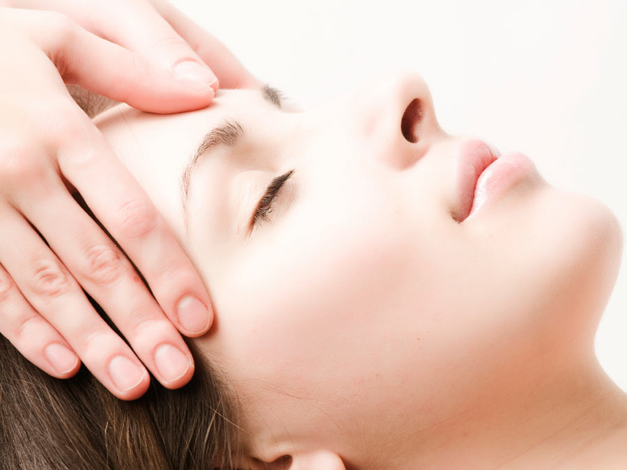 Reiki or Reflexology Session