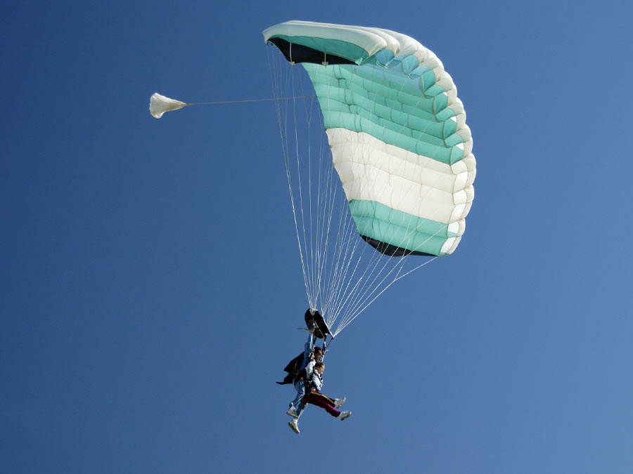 Tandem Skydive with Ground Instruction