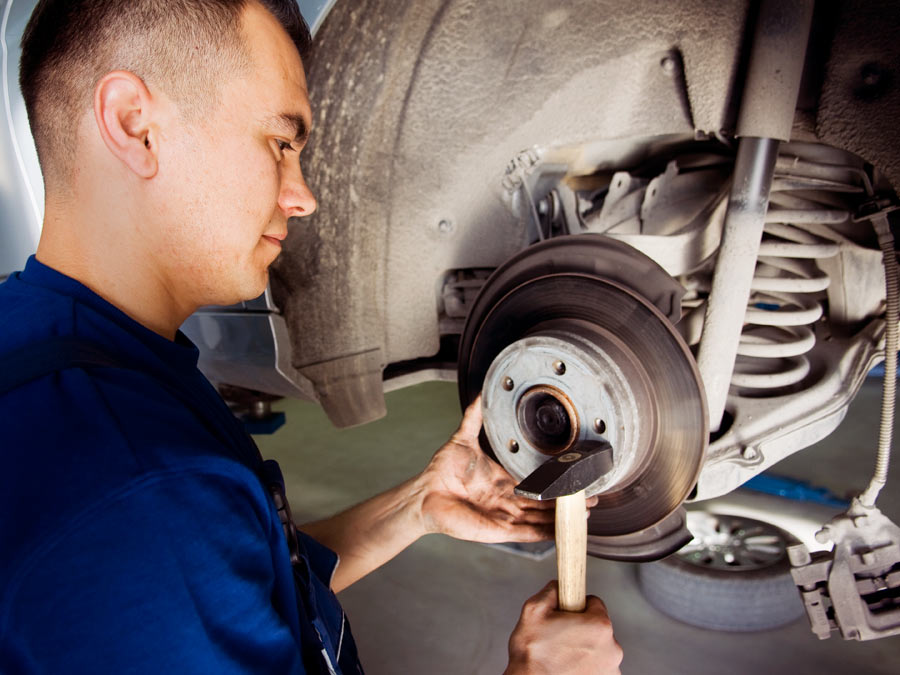 Brake Service Package at Roesbery Car Care