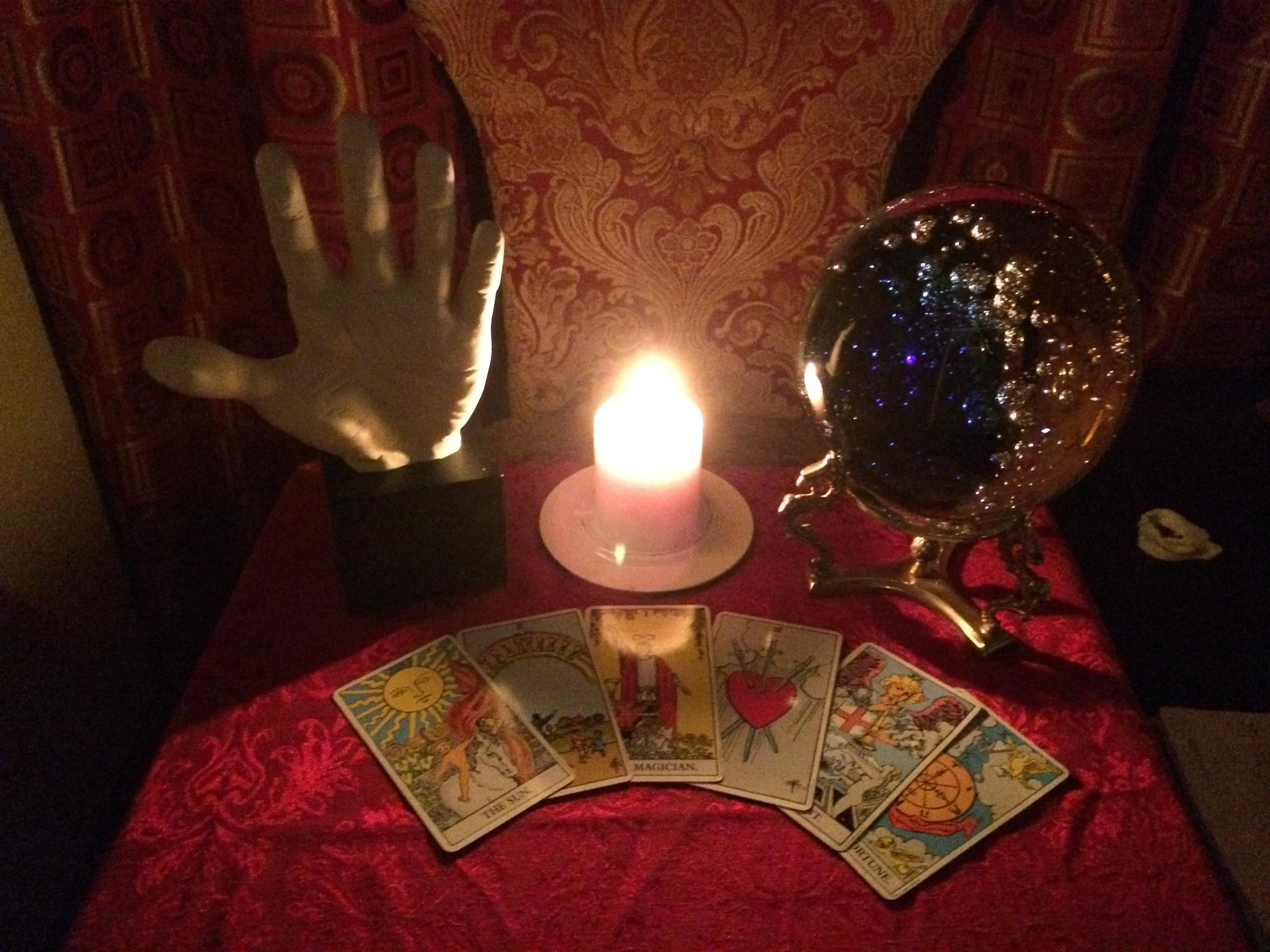 45-Minute Psychic, Palm, and Tarot Card Reading