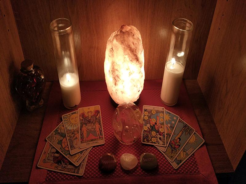 30-Minute Psychic, Palm, and Tarot Card Reading