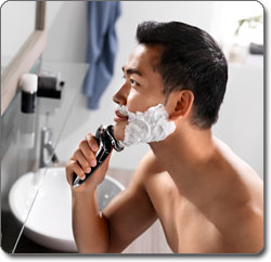 Philips Norelco SensoTouch 3D Electric Razor with Jet Clean System