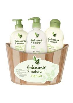 JOHNSON'S NATURAL Gift Set product shot