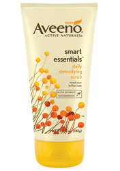 AVEENO SMART ESSENTIALS Daily Detoxifying Scrub