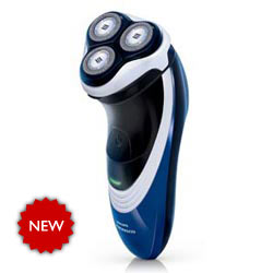 Philips Norelco PT720 PowerTouch Rechargeable Cordless Electric Razor Product Shot