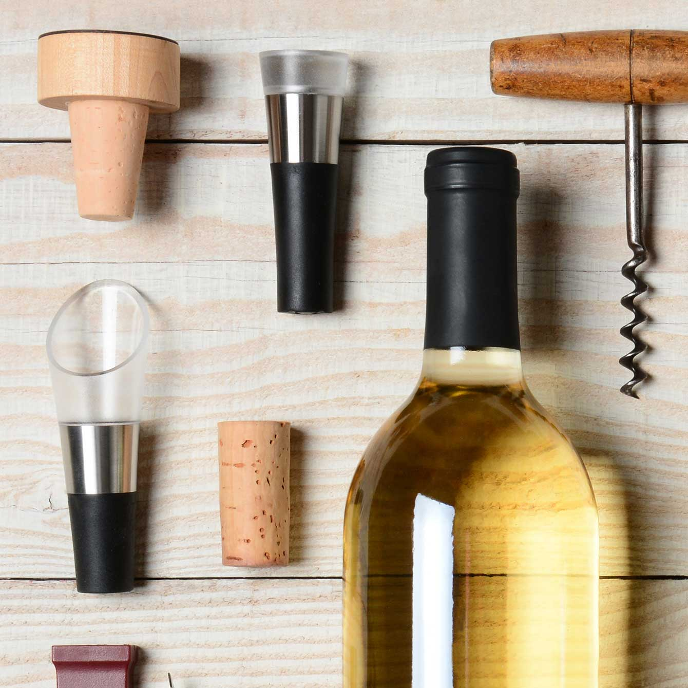 Wine Stoppers & Pourers