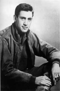 the account of the life and writings of jerome david salinger the effect of jd salinger's writings jerome david salinger, born on january 1, 1919, was an american short story writer and novelistsalinger is considered one of the most influential 20th century writer's despite having a very shallow body of work early in his career, salinger wrote many short stories that made it into big publications such as.