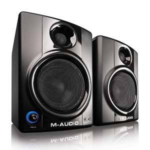 M-Audio AV40 Angle Image