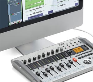 Zoom R24 Recorder : Interface : Controller : Sampler