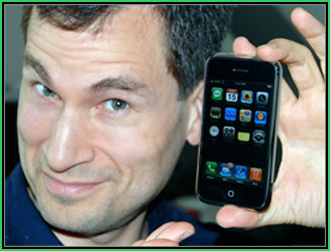 David Pogue with his iPhone