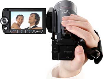 Canon VIXIA HF200 camcorder highlights
