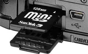 Canon VIXIA HV40 camcorder highlights